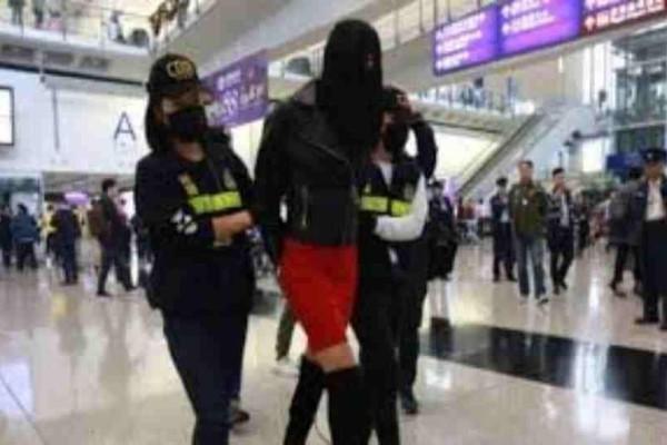 Χονγκ Κονγκ: Η πρώτη φωτογραφία του 21χρονου μοντέλου μετά την αθώωσή της!