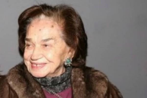 Θα πάθετε πλάκα: Αυτή είναι η μαμά πασίγνωστης Ελληνίδας ηθοποιού!