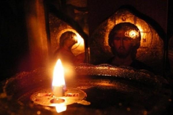 Γιατί η αφή του Αγίου Φωτός γίνεται μόνο από τους Έλληνες; - Εσείς το γνωρίζατε;
