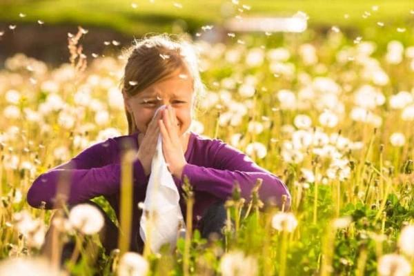 Άνοιξη - Αλλεργίες: Τι να κάνετε για να προλάβετε και να μην σας πιάσει το αλλεργικό σας;