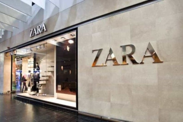 Zara: Αυτή είναι η τέλεια πλατφόρμα με αγκράφα και κοστίζει μόνο 35,95 ευρώ!