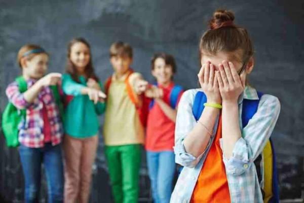 Χανιά: Θύμα bullying έσπεσε μαθήτρια στο σχολείο - Τα απειλητικά και χλευαστικά μηνύματα για εκείνη και τον πατέρα της!