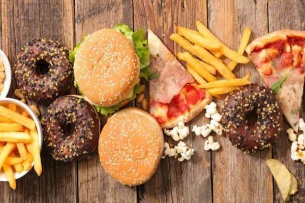 Ποια είναι τα 10 τρόφιμα που δεν πρέπει ποτέ να υπάρχουν στην κουζίνα σας!