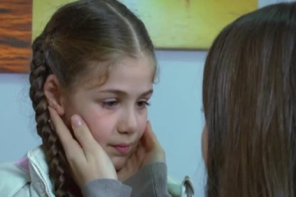 Elif: Η Αλιγιέ μεταφέρει τη Ζεϊνέπ στο νοσοκομείο και μαθαίνει πως είναι έγκυος! - Όλες οι εξελίξεις!