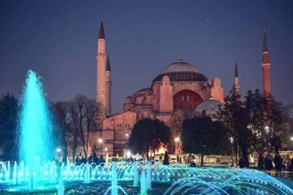 UNESCO: «Φρένο» στον Ερντογάν- «Μόνο με την έγκρισή μας η αλλαγή καθεστώτος για την Αγιά Σοφιά»