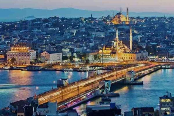 Κωνσταντινούπολη: Όλα όσα πρέπει να γνωρίζετε για να ταξιδέψετε στην ονειρεμένη πόλη!
