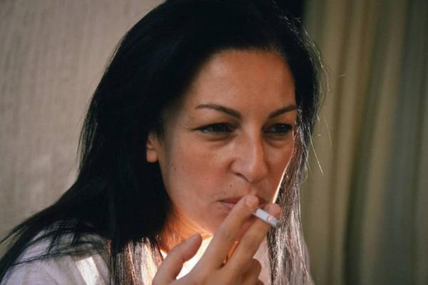 Μυρσίνη Λοΐζου: Εισέπραττε παράνομα τη σύνταξη της νεκρής μητέρας της!