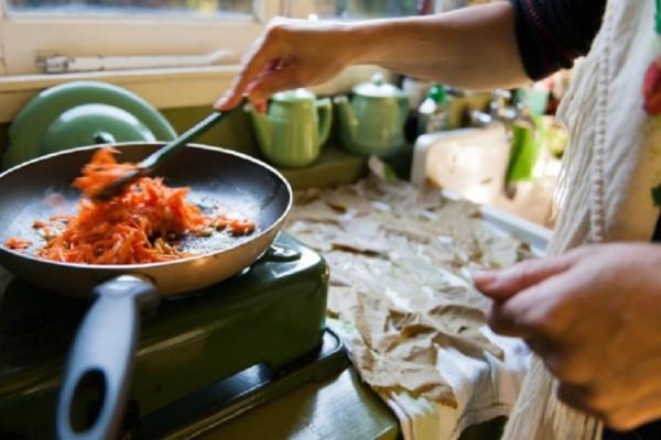 Δώστε βάση: Αυτά είναι τα χειρότερα λάθη που κάνουμε όλοι στο μαγείρεμα!