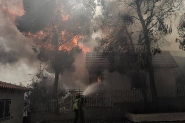 Αποκαλύψεις σοκ για τη φονική πυρκαγιά στο Μάτι: Οι διάλογοι που προκαλούν φρίκη!