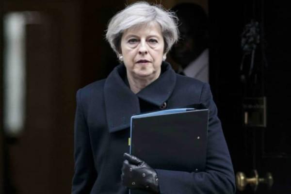 Εξελίξεις στη Βρετανία: Προανήγγειλε την παραίτησή της η Μέι!