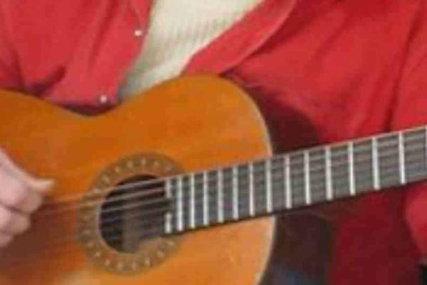 Θλίψη! Πέθανε Έλληνας τραγουδιστής που είχει αφησεί ιστορία!