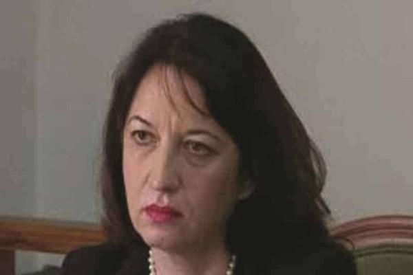 Aπολύθηκε η πρέσβης της Αλβανίας στην Αθήνα για την κλοπή 100 διαβατηρίων!