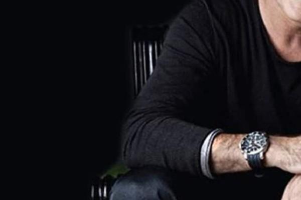 Απίστευτο κι όμως αληθινό: Πασίγνωστος Έλληνας τραγουδιστής έμαθε ότι αρραβωνιάστηκε on air!