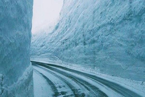 Ο πιο χιονισμένος δρόμος του κόσμου θυμίζει Game of Thrones!