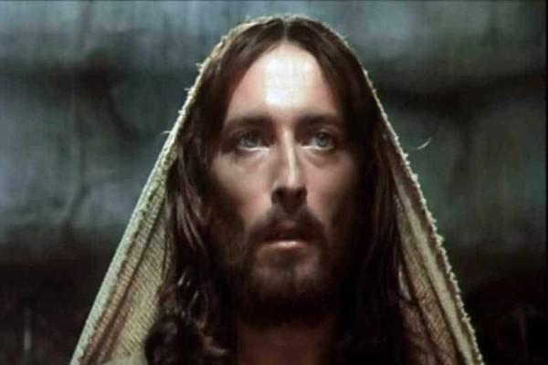 Ο Ιησούς από τη Ναζαρέτ: Η καθηλωτική σειρά που αγαπάμε να βλέπουμε κάθε Πάσχα! Πότε ξεκινάει και σε ποιο κανάλι!