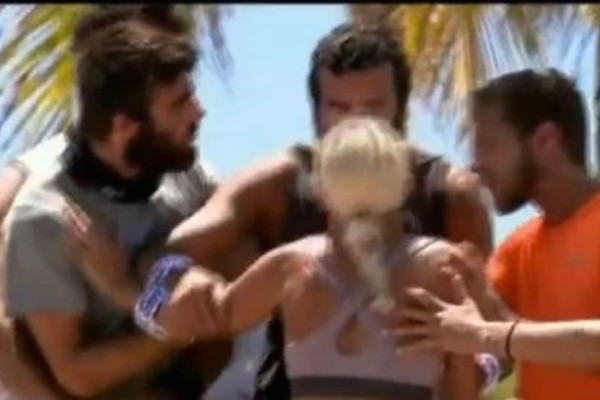 Survivor Ελλάδα Τουρκία: Άγριος τσακωμός! Μπήκαν στη μέση να τους χωρίσουν! (video)