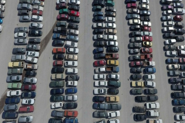 Στο σφυρί 47 αυτοκίνητα: Αγοράστε αυτοκίνητο από 200 ευρώ!