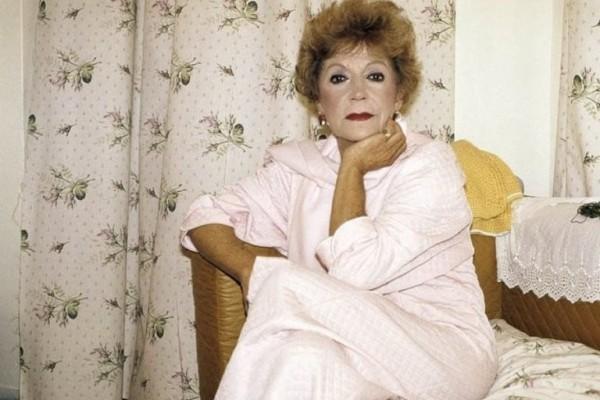 Ρένα Βλαχοπούλου: Το επτασφράγιστο μυστικό που πήρε στον τάφο της! Αποκαλύφθηκε 15 χρόνια μετά τον θάνατό της!