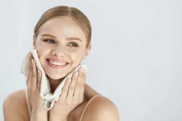 Αυτά είναι τα οφέλη για το πρόσωπο σας αν κάνετε μάσκα προσώπου!