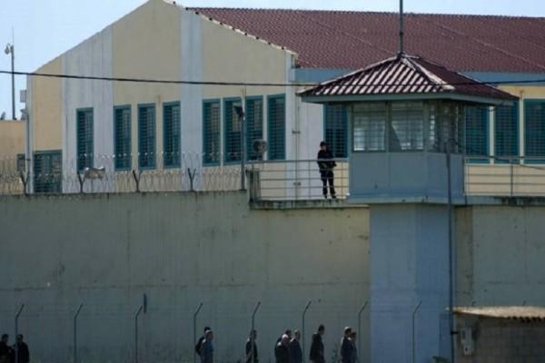 Πόσοι έχουν χάσει τη ζωή τους τα τελευταία χρόνια στις φυλακές;