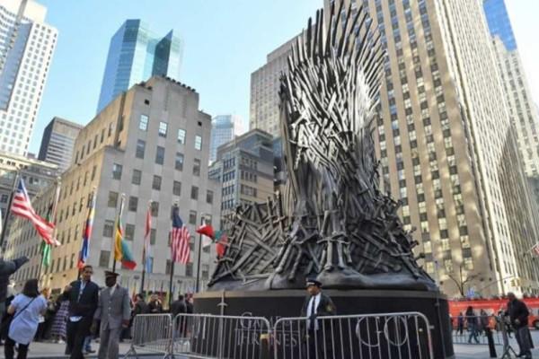 Έγινε η πρεμίερα του Game of thrones και ήταν όλοι εκεί!