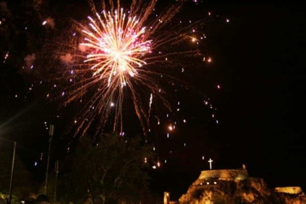 Τα έθιμα του Πάσχα σε όλη την Ελλάδα!