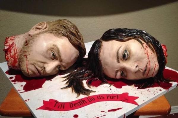 Η πιο φρικιαστική γαμήλια τούρτα!