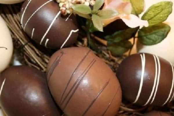 Πασχαλινό σοκολατένιο αυγό: Πόσες θερμίδες έχει;