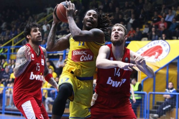 Basket League: Το Περιστέρι σκότωσε τον Ολυμπιακό!