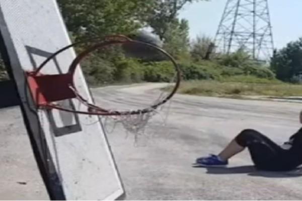 Ποδόσφαιρο ή μπάσκετ; Aν δυσκολεύεστε να διαλέξετε δείτε το βίντεο!