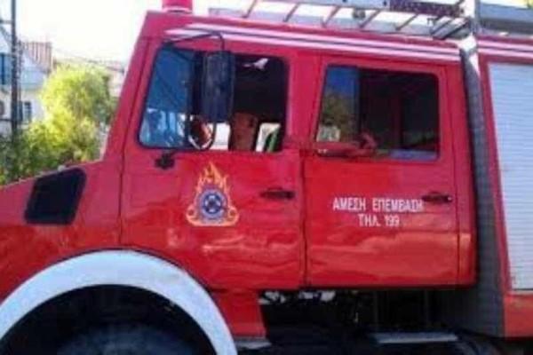 Κρήτη: Iσχυρή πυρκαγιά ξέσπασε σε επιχείρηση επισκευής σκαφών!