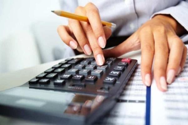 Φορολογικές δηλώσεις: 1/5 Έλληνες πληρώνει επιπλέον  φόρο 519€!