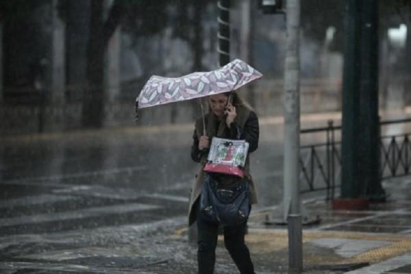Αθήνα καιρός τώρα: Καταιγίδες και στην πρωτεύουσα φέρνει το νέο κύμα κακοκαιρίας!