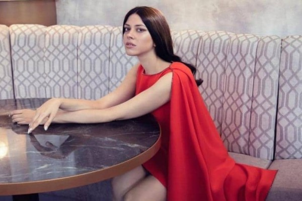 Le Figaro: Αυτή είναι η Katerina Duska της Ελλάδας