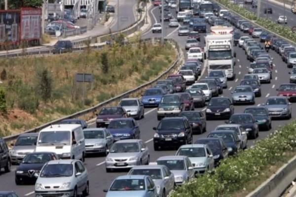 Κυκλοφοριακό χάος: Ξεκίνησε η έξοδος των εκδρομέων του Πάσχα!