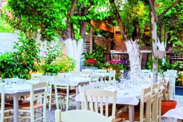 Πάσχα στην Αθήνα; Δείτε τα 9 στέκια για να φάτε καλά και φθηνά!