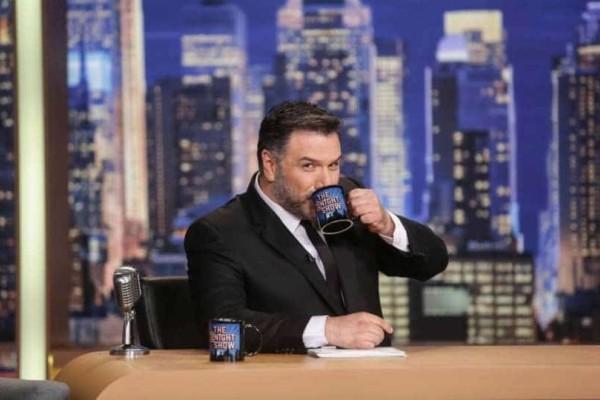 The 2night show: Ποιοι θα είναι οι αποψινοί καλεσμένοι του Γρηγόρη Αρναούτογλου;