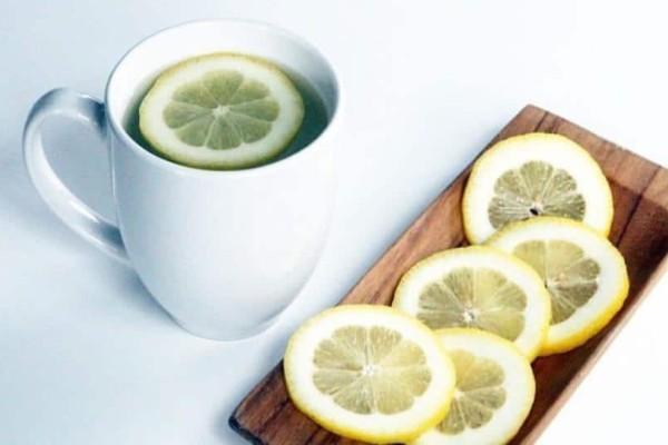Νερό και λεμόνι: Όσα δεν γνωρίζετε για την χρήση τους!