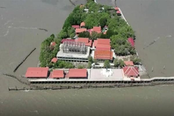 Ταϊλάνδη: Το «μοναστήρι που... επιπλέει»