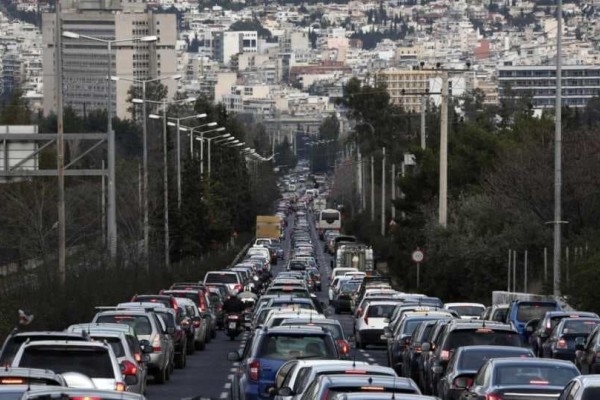 Αυξημένη κίνηση στους δρόμους: Κηφισίας, Συγγρού και Κατεχάκη!