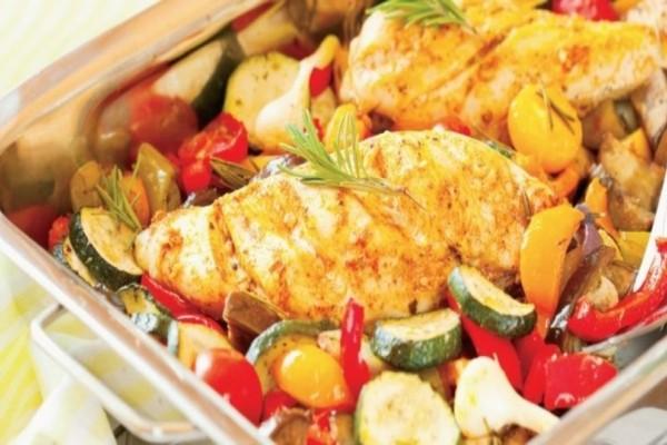 H πιο νόστιμη συνταγή με μπουτάκια κοτόπουλου και μπριάμ στην κατσαρόλα!
