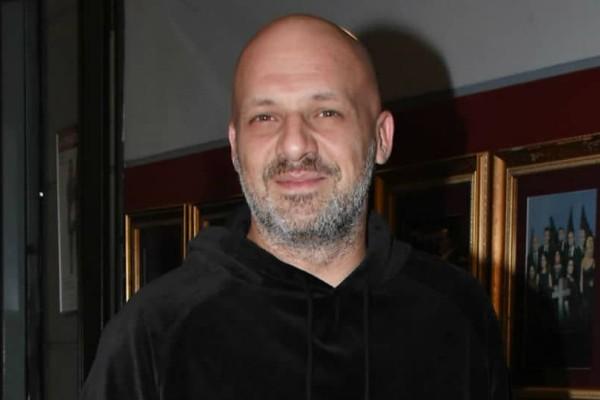 Νίκος Μουτσινάς: Χαμόγελα ξανά για τον παρουσιαστή!