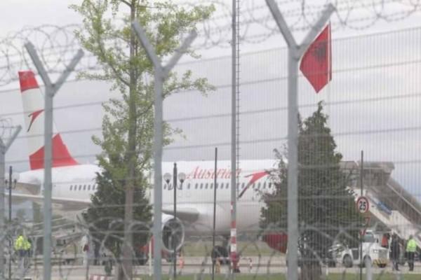 Τίρανα: Ληστεία μέσα σε αεροπλάνο - Νέκρος ένας δράστης!