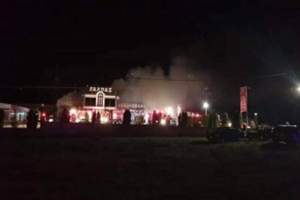 Σέρρες: Υπό μερικό έλεγχο τέθηκε η πυρκαγιά στο εργοστάσιο ζαχαροπλαστικής!