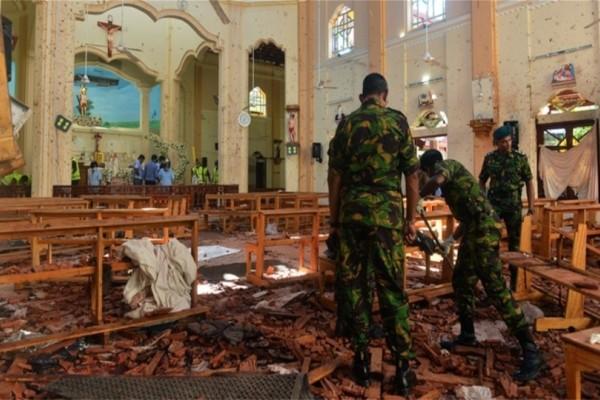 Σρι Λάνκα: Νεκροί ο πατέρας και δύο αδελφοί του βομβιστή!