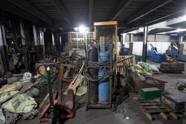 Απίστευτες εικόνες από το εργοστάσιο όπου οι τζιχαντιστές ετοίμαζαν την επίθεση στη Σρι Λάνκα!