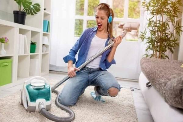 Τι άλλο μπορείς να καθαρίσεις με την ηλεκτρική σκούπα; Κέρδισε χρόνο!