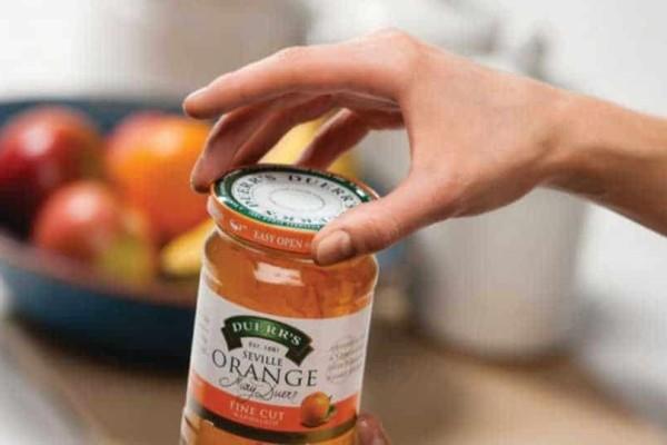 Δες πως μπορείς να ανοίξεις το καπάκι από ένα βάζο που δεν ανοίγει με τίποτα!