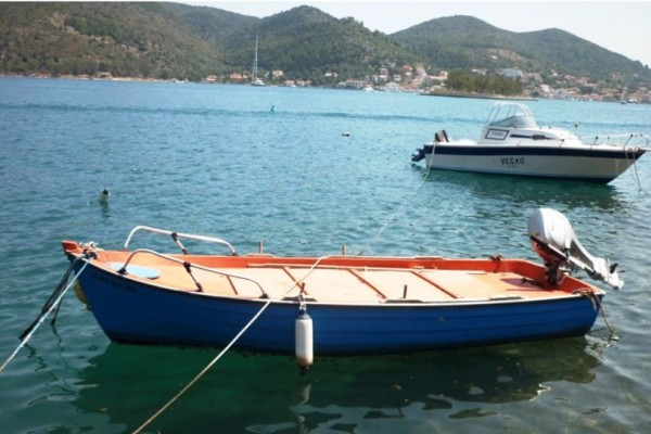 Θρίλερ στη Λάρισα με 64χρονο ψαρά! - Η βάρκα επέστρεψε μόνη της στη στεριά!