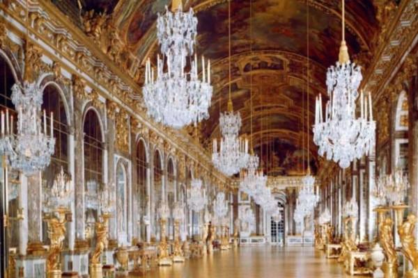 Ανάκτρο των Βερσαλλιών: Ένα κόσμημα στο Παρίσι!